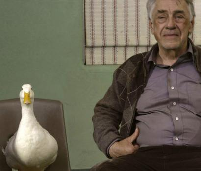 Arthur (Philip Baker Hall) attends group therapy with his pet, Joe, in 'Duck.'