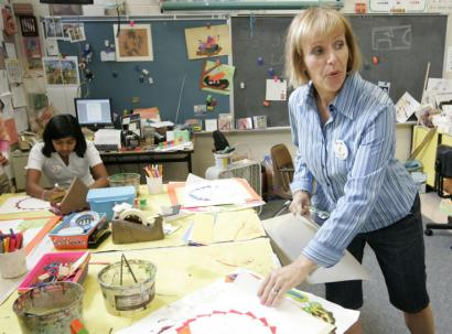 Teachers at Barcroft Elementary, such as art instructor Marel Sitron-Crumm, enjoy the school's longer academic calendar.