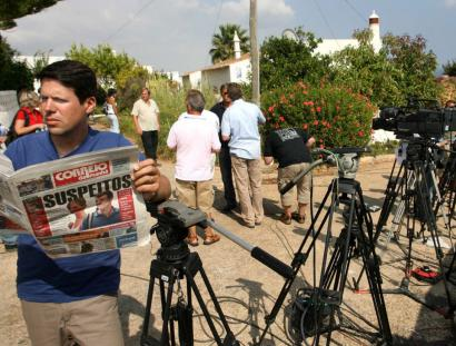 Journalists waited yesterday outside the house where Kate and Gerry McCann, the parents of a missing 4-year-old British girl, Madeleine, were staying in Praia da Luz, Portugal.
