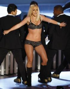 Britney Spears performed at the MTV Video Music Awards last night.