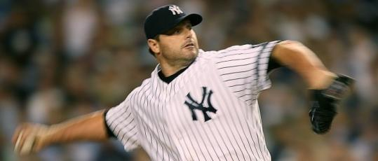 The Yankees' Roger Clemens, pitching against the Red Sox in August, threw a crisp bullpen session yesterday.