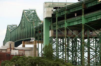 The commission is expected to recommend that the Tobin Bridge (above) be transferred from the Massachusetts Port Authority to the Massachusetts Turnpike Authority.