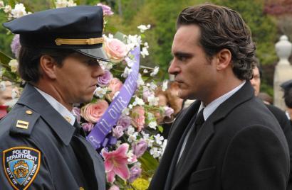 Mark Wahlberg (left) and Joaquin Phoenix play Brooklyn brothers.