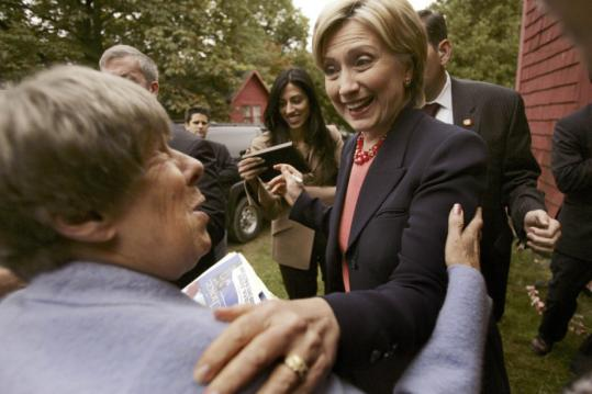 Senator Hillary Clinton greeted area residents during a presidential campaign stop at Hackleboro Orchard in Canterbury, N.H., yesterday.