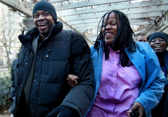 Stephan Cowans walked out of Suffolk Superior Court with his cousins Melinda (front) and Rakisha Mitchell in 2004.