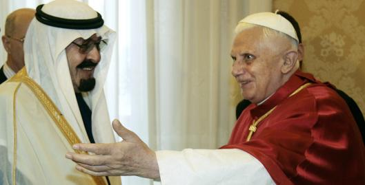 Pope Benedict XVI met with King Abdullah of Saudi Arabia at the Vatican yesterday, although official statements made no mention of establishing diplomatic relations.