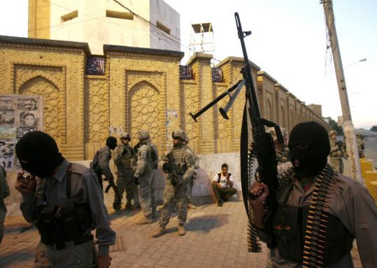 Al Qaeda decreta toque de recolher no Iraque