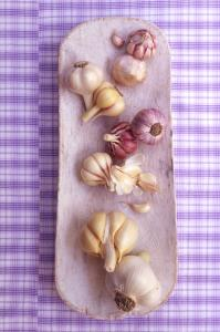 how to keep garlic fresh for longer