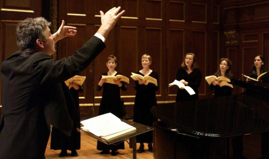 Grant Llewellyn conducted the Handel and Haydn Society in Bach's 'Christmas Oratorio.'