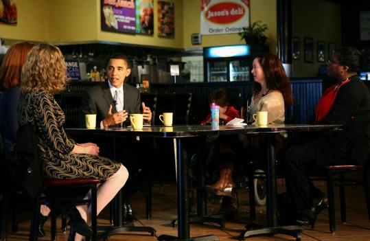 Senator Barack Obama met with voters in Charleston yesterday before today's vote in South Carolina. With him from left were Mary Jacob McKinley, Anne Marie Crevar, Christina Stewart, and Josephine Richardson.