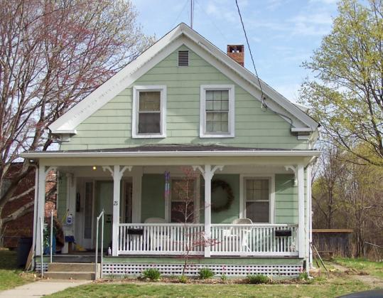Old house in leominster has a history the boston globe for Homes pictures