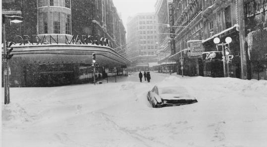 The Blizzard of '78 brought business to a halt in downtown Boston, where walking was the only way to get around.