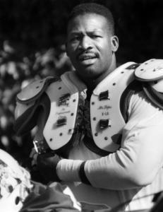 Andre Tippett preferred a low-key approach on his path to becoming a Patriots legend and dominating linebacker.