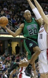Boston's Ray Allen finds a way around Zydrunas Ilgauskas.