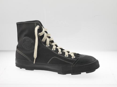 Converse football sneaker