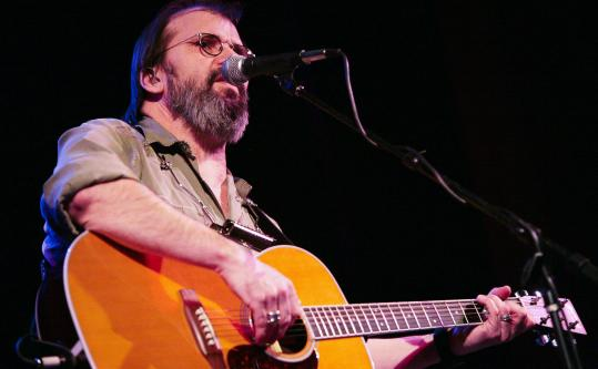 Steve Earle played the Somerville Theatre Friday night with his wife, Allison Moorer, as well as DJ Duke.