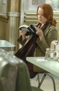 Lauren Ambrose plays C