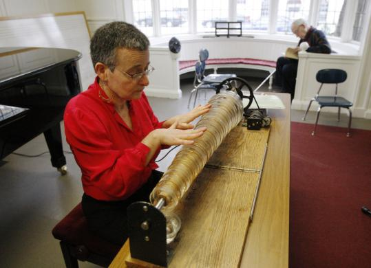 At Longy School of Music in Cambridge, the congregation heard the music of glass harmonica player Vera Meyer.