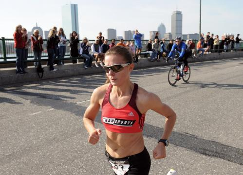 Magdalena Lewy Boulet (43) led the field during the second lap. Boulet finished in second place.