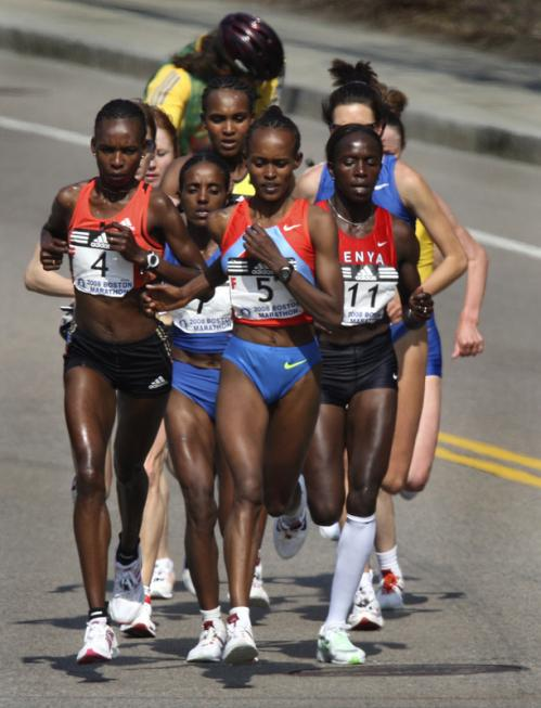 The lead women were in a pack during the early portion of the race.