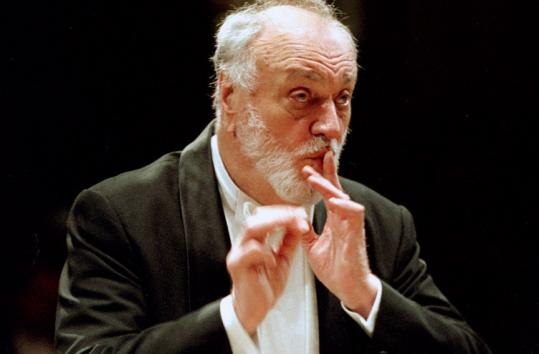 Kurt Masur led the Orchestre National de France through Beethoven's Concerto No. 2 and Tchaikovsky's Fifth Symphony.