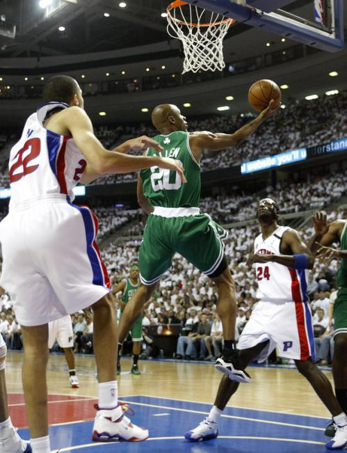 Celtics guard Ray Allen (20) layed it up and in in the first quarter.