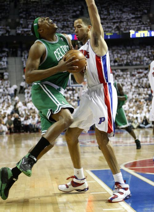 Celtics forward Paul Pierce (34) was fouled by Pistons forward Tayshaun Prince (22) in the first quarter.