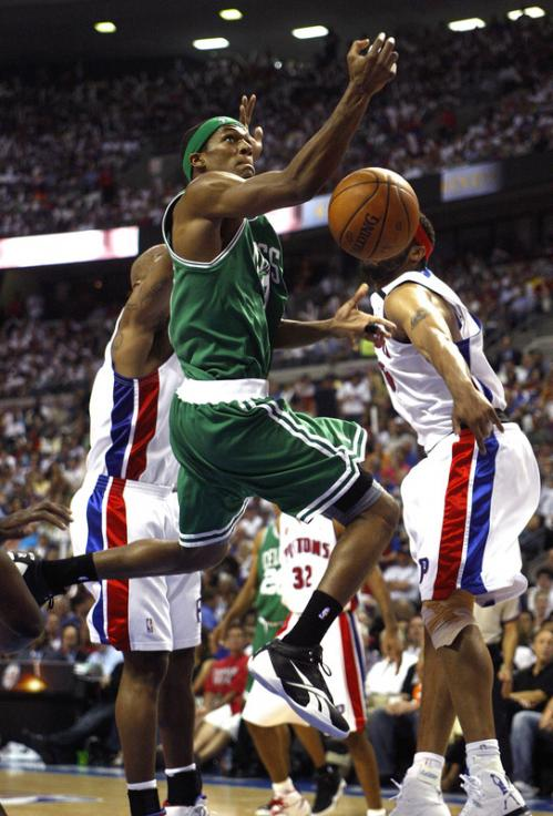 Boston Celtics guard Rajon Rondo (9) loses the ball on a drive to the basket.