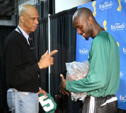 Kareem Abdul-Jabbar usually lends his assistance to the