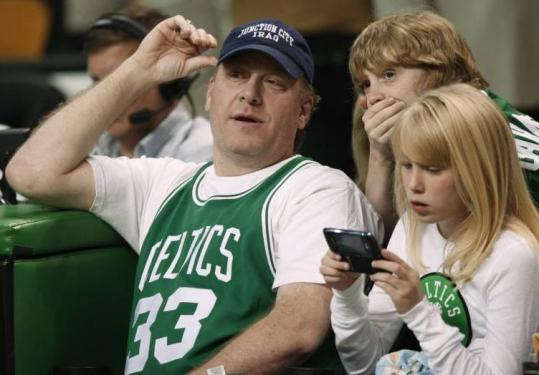 Curt Schilling's front-row seat in Game 2 became a forum for criticizing Lakers star Kobe Bryant on his blog, 38pitches.com.