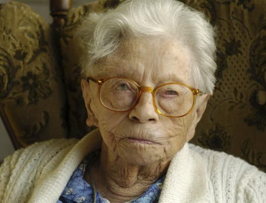Henrikje van Andel-Schipper in 2004, a year before she died in the Netherlands at age 115. An analysis of her brain revealed few signs of diseases associated with a decline in mental ability.