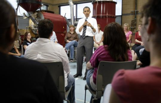 Democratic presidential candidate Barack Obama spoke at a roundtable discussion at the Flying Star Cafe in Albuquerque.