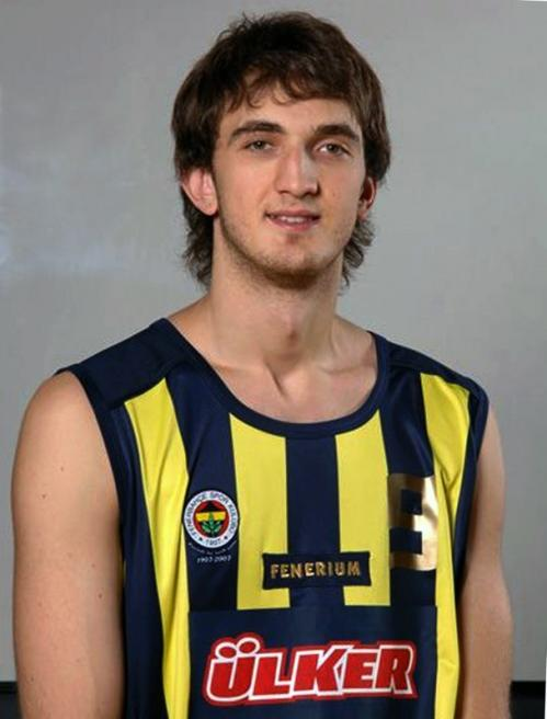With their second-round selection (60th overall), the Celtics took 7-foot-1 center Semih Erden, who plays for Fenerbahce Ulker Istanbul. Erden averaged only 20 minutes per game in Euroleague, but showed glimpses on offense with his ability to finish around the basket.