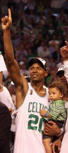 Ray Allen celebrated with his son Walker after the Celtics defeated the Los Angeles Lakers to win the NBA championship.
