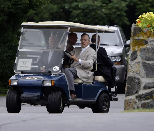 Former president George H.W. Bush had glowing words for John McCain at the compound in Kennebunkport, Maine.