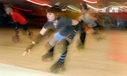 Alley Trela skates under the name Dee Stortion for the Skate Free or Die! Rollergirls.