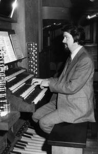 John Ferris served as organist and choirmaster at Harvard University for over three decades. He was also one of the first Boston-area musicians to focus intensely on early music.