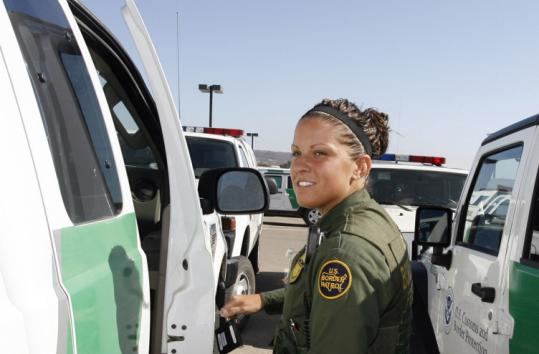 Harsh conditions cause many Border Patrol recruits to quit - The ...