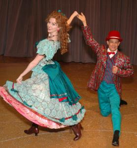 Melinda Cowan and Jim Walton in the high-energy ''Show Boat,'' at the North Shore Music Theatre.