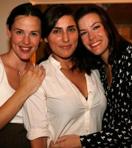 From left: Jennifer Garner, co-owner Summer Phoenix, and Liv Tyler at the opening of Some Odd Rubies boutique.