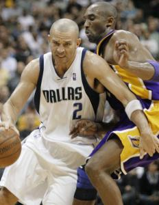 Jason Kidd (triple double) works his way around Kobe Bryant (27 points, the victory).