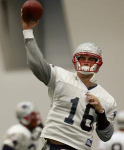 Matt Cassel says double coverage doesn't necessarily take Randy Moss off his radar.