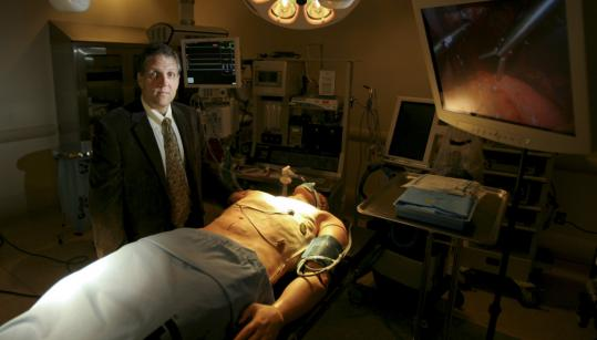 STRATUS medical director Dr. Charles Pozner says, 'You forget you are in a simulated world.'