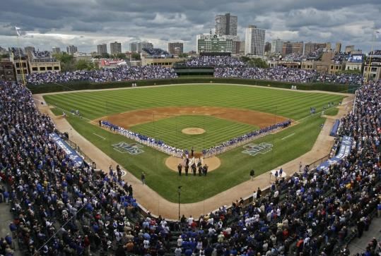 A sale of the Chicago Cubs outside the bankruptcy process could help Tribune reap a higher price for the team and Wrigley Field.