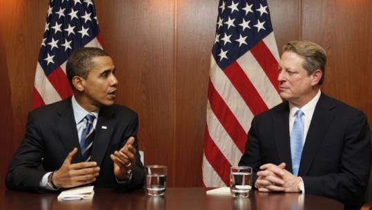President-elect Barack Obama met Tuesday in Chicago with Al Gore, who won a Nobel Peace Prize for global warming efforts.