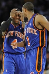 Nate Robinson (left) had 33 points, but his Knicks blew a 15-point halftime lead.