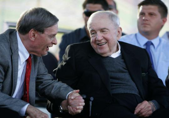 Carl Pohlad (right), shown with baseball commissioner Bud Selig, was widely credited for saving baseball in Minnesota when he purchased the Twins in 1984.