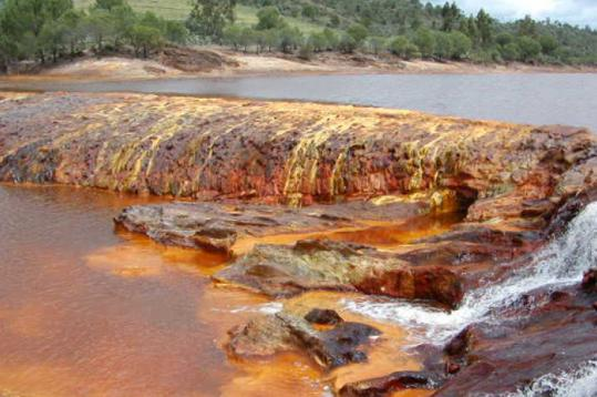 Iron oxide, which gives the water and rocks its red hues, may be more than a mere mineral, according to geobiologists.