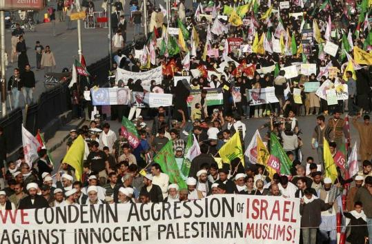 About 2,000 people took part in a protest rally in Karachi, Pakistan, yesterday against Israel's offensive in the Gaza Strip. Several hundred then marched on the US Consulate.