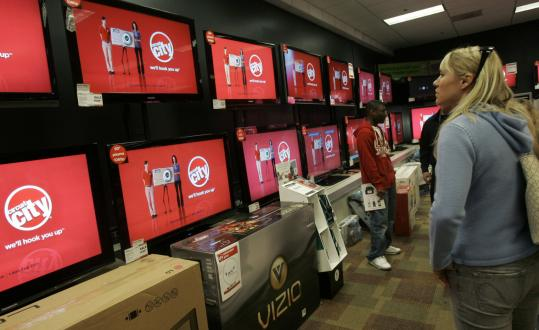 Circuit City's plan to liquidate its assets and close 567 stores is problematic for Framingham-based Bose Corp., which counts the electronics retailer among its top customers.